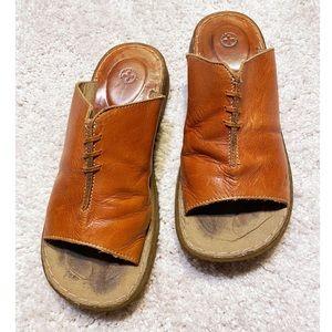 Dr. Martens golden brown leather slip on sandals 7